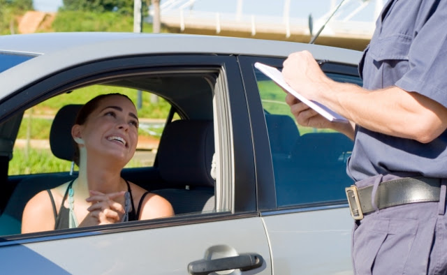 Conducir con el carnet caducado ¿sabes las consecuencias?